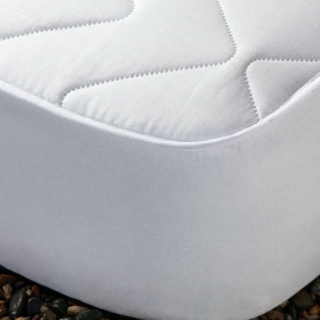 Cubre Colchón Acolchado ALISA Transpirable